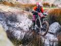 Enduro,以两轮摩托挑战大自然的刺激