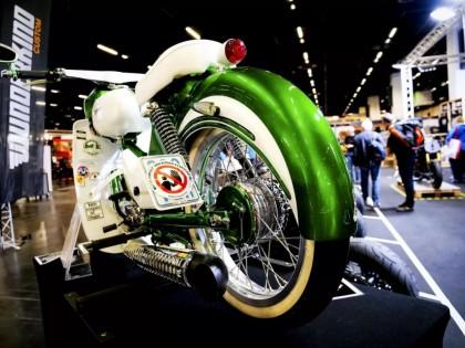 科隆车展简讯两则:电动自行车的参考、复古弯樑