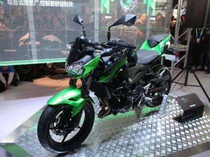 2019北京摩展:售价46800元的川崎Z400现场发布!W800系列首次亮相!