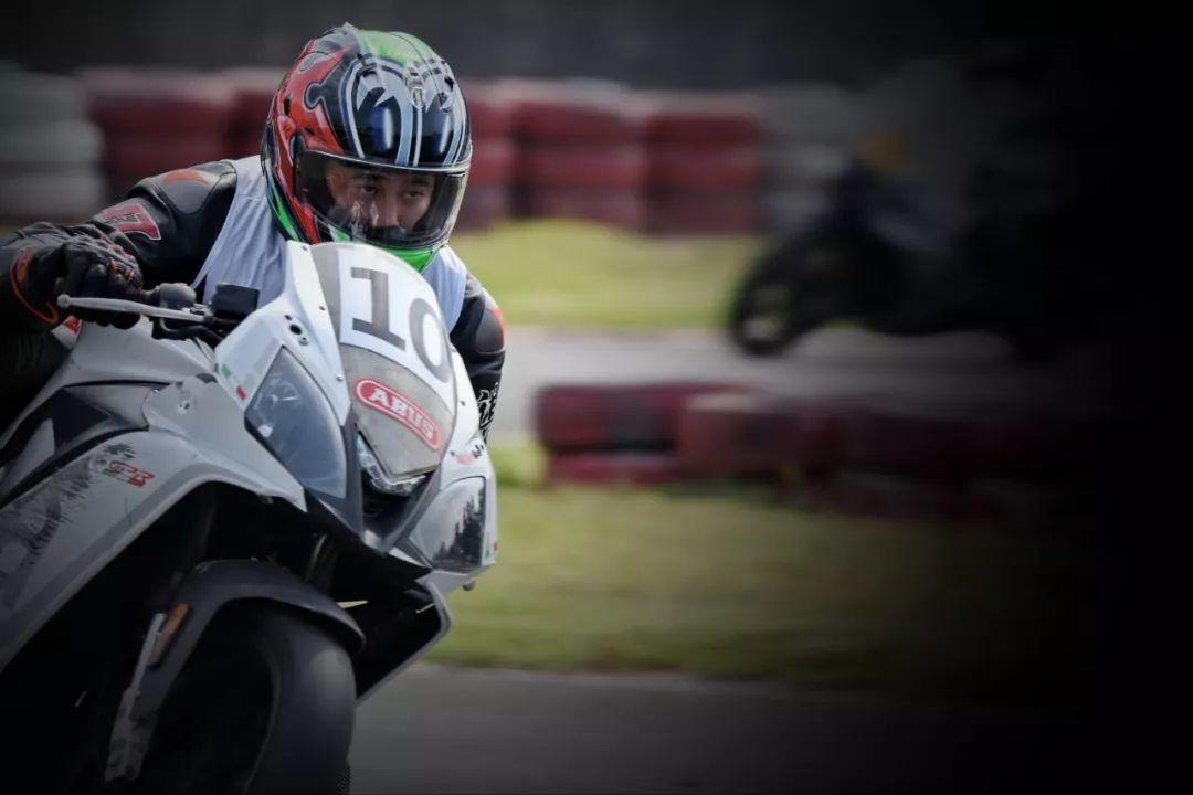 本期培训班的压轴大 北京pk10模式新凤凰戏、是赛程为十圈的模拟赛