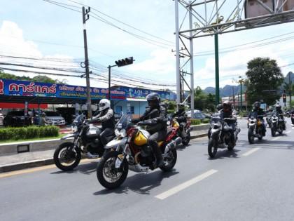 海外试驾Moto Guzzi V85 TT,经典与现代的碰撞!