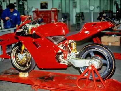 历史图鉴:杜卡迪 1994 - 2004 经典跑车 916 车系