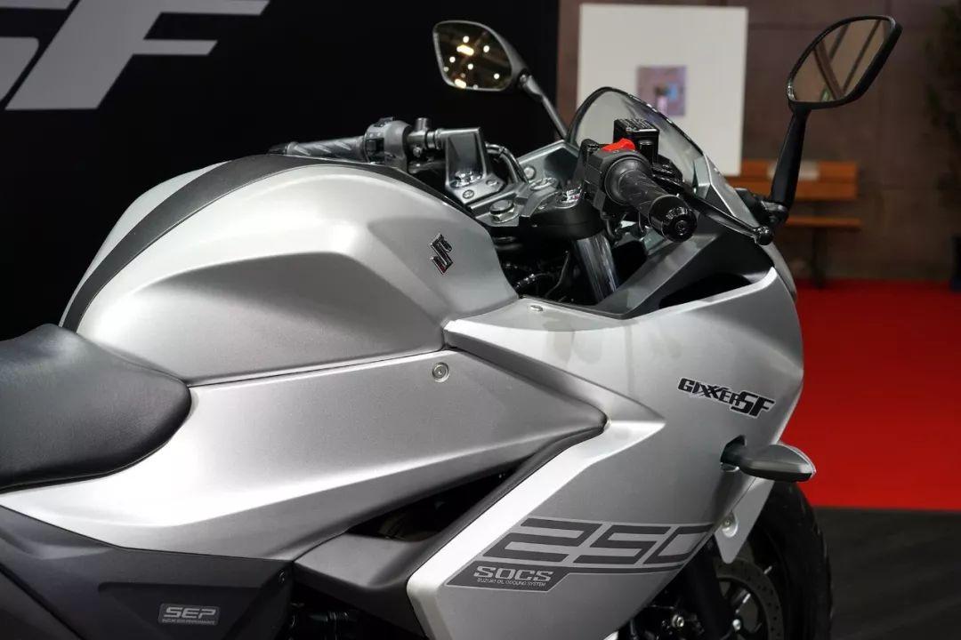 埃马努尔森Suzuki 或向日本市场发售印度产的 Gixxer 250 系列