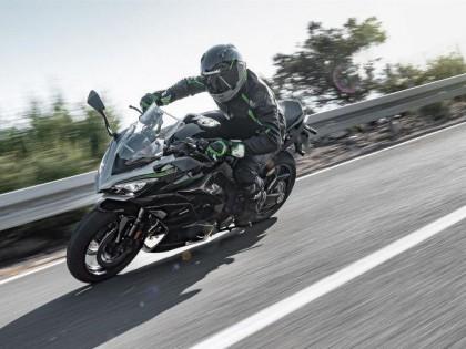 EICMA新款休旅摩托盘点 不爱拉力爱摩旅的不二之选