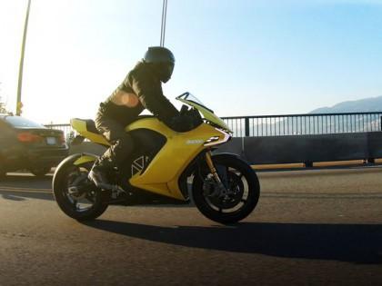 加拿大Damon即将发布 全球首台搭载主动安全系统的电动摩托
