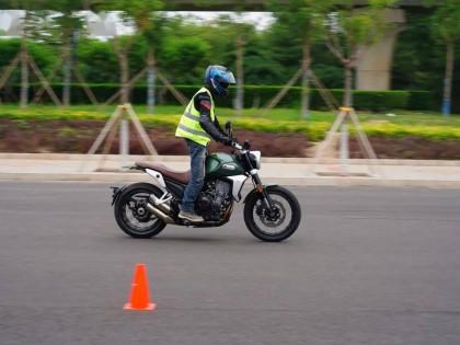 中国摩托车联合测评:复古的越野细节-凯越500F 攀爬版