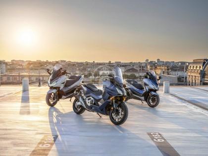 本田Forza750正式发布 58匹马力超越TMAX 新的踏板之王诞生