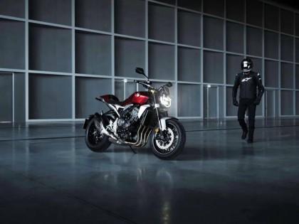 Honda 中期改进型 2021' CB1000R:户外图集