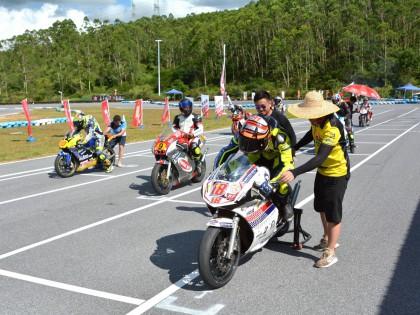 2021伟业达GP大湾区摩托车大赛——冠军特写:两冲街车组 胡通明