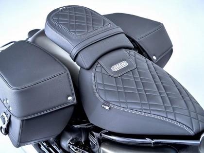 宝马摩托发布 2022 款 R18 系列